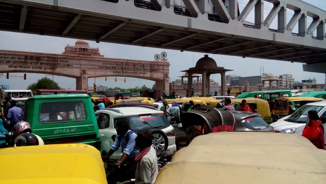 lucknow kanpur road jam