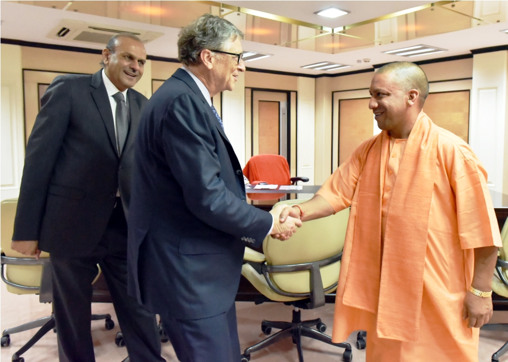 CM & Bill Gates-1