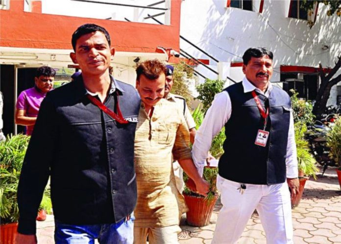 DhokheyBaaj-Builder-Ajmera-Arrested