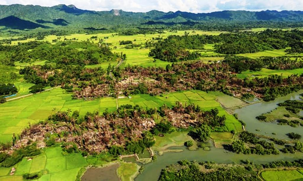 myanmar-burned-rohingya's-village