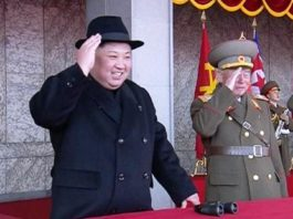 jong-un-on-bellastic-missile-tests