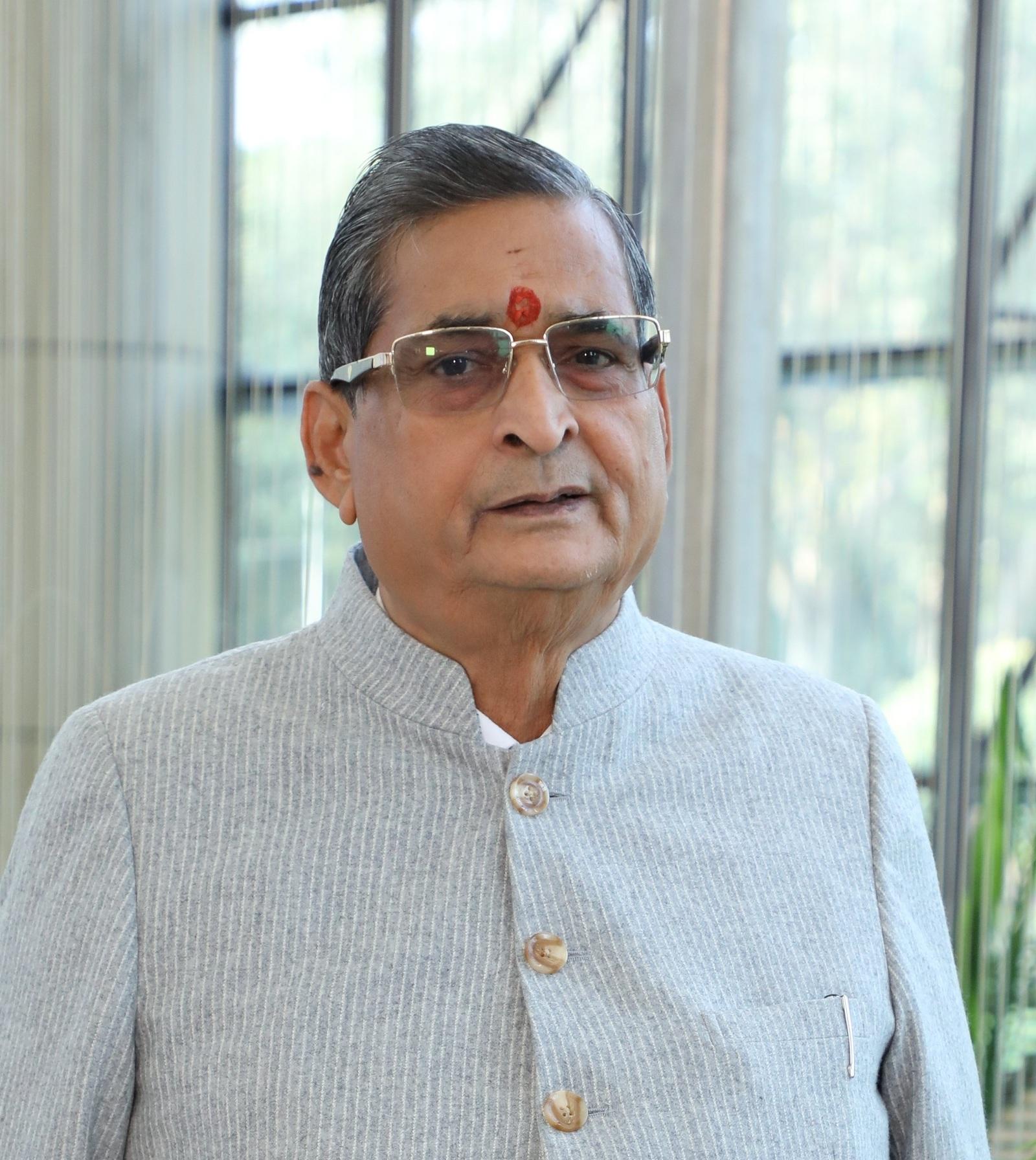 Shri R K Sinha